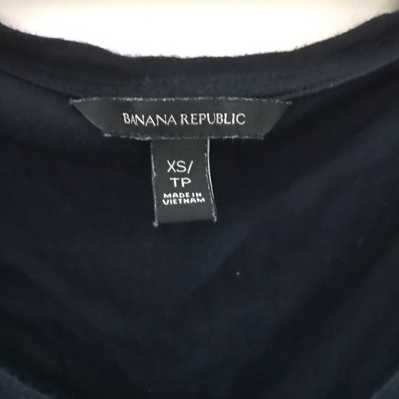 BOGO Banana Republic navy loose fitted t-shirt